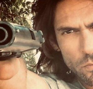 Πρωταγωνιστής σε δημοφιλή σειρά του Netflix ο Σπαλιάρας – Newsbeast