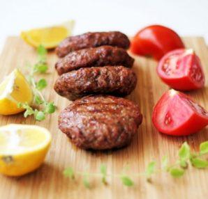Αδιανόητο: Στην Ελβετία φτιάχνουν μπιφτέκια από κρέας... εντόμων! - Περίεργα-Funny
