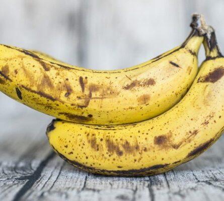 Μην πετάτε τις μαυρισμένες μπανάνες - Μάθετε πώς μπορείτε να τις επαναφέρετε (Video) - Funny-Περίεργα